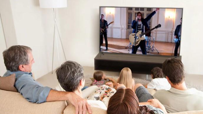 Ultra Surround LG UHD TV